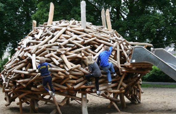德國「鳥巢」Playground‧木製玩樂通道