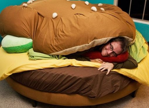 「漢堡包」床+ 「芝士生菜」夠溫暖