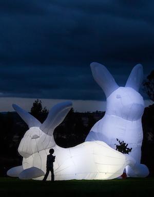 巨型「月兔裝置」・親子打卡必到