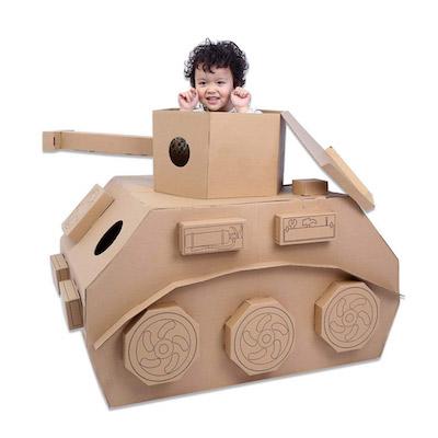 「坦克車」熱賣・小朋友「放學娛樂」
