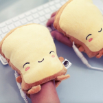 凍「做功課」・USB「暖手多士」