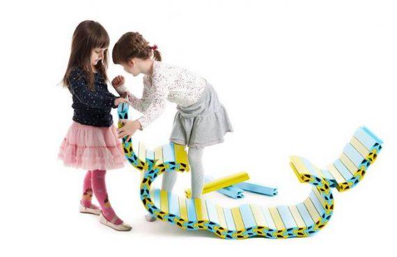 「自由砌」玩具傢私.小孩「創意工程」