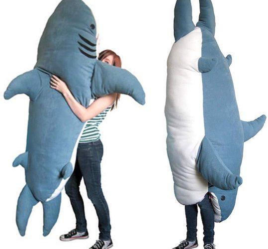超酷「巨鯊」睡袋.瞓得霸氣